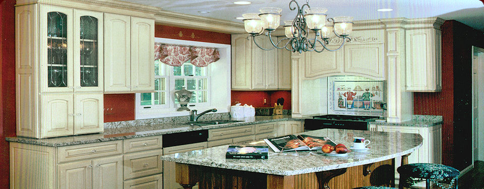 Cabinet refacing cincinnati reviews mf cabinets for Cincinnati kitchen cabinets